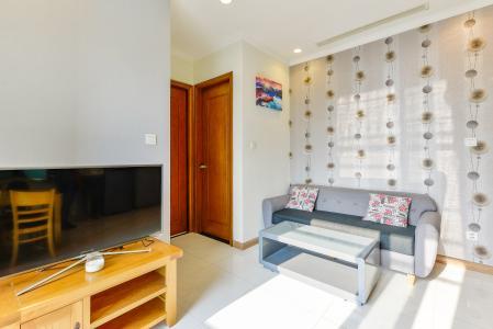 Officetel Vinhomes Central Park 1 phòng ngủ tầng trung C3 hướng Tây