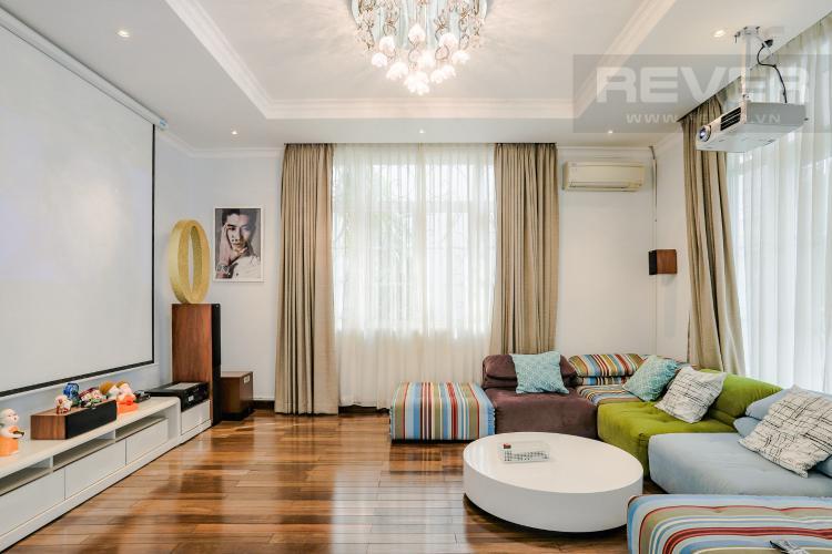 Phòng Giải Trí Xem Phim Tầng 1 Nhà phố đường Lê Văn Lương, Quận 7, 3 tầng, nội thất đầy đủ, sổ đỏ chính chủ