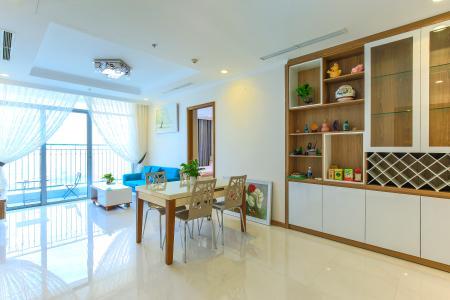Căn hộ Vinhomes Central Park tầng cao L2, 3 phòng ngủ, nội thất đầy đủ