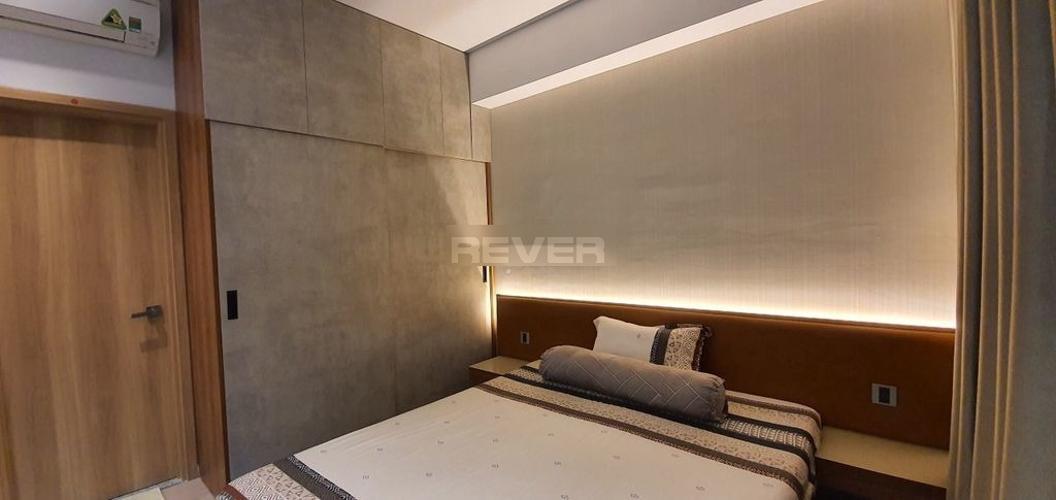 Phòng ngủ căn hộ Celadon City, Tân Phú Căn hộ Celadon City view thành phố, bàn giao nội thất gỗ đầy đủ.