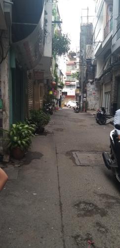 Hẻm nhà phố Lê Văn Sỹ, Quận 3 Nhà phố trung tâm quận 3, hướng Đông Nam, hẻm xe máy quay đầu.