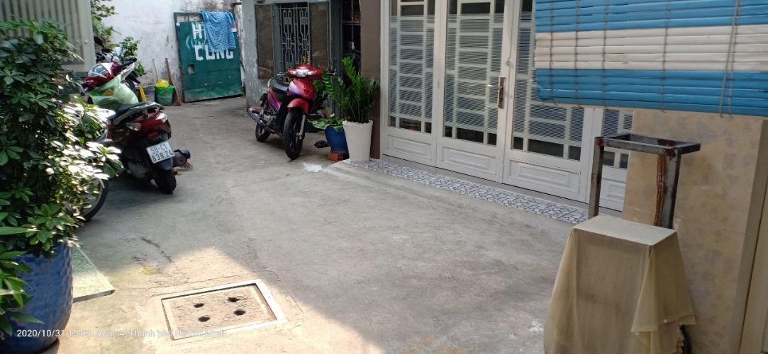 Hẻm nhà phố Tôn Đản, Quận 4 Nhà phố quận 4 rộng 27.3m2, sổ hồng riêng, nội thất cơ bản.