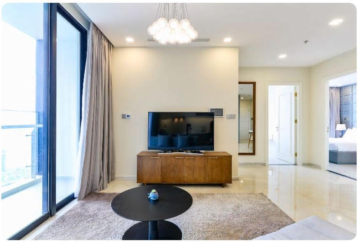 12 Bán căn hộ Vinhomes Golden River 2PN, tháp The Aqua 1, nội thất cơ bản, view sông và Landmark 81
