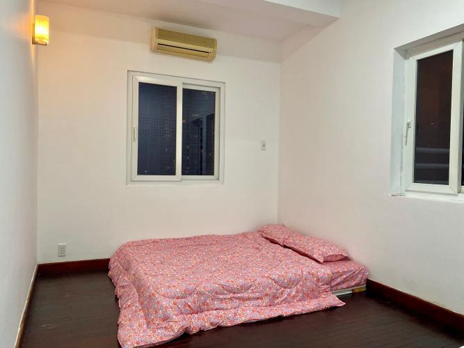 Phòng ngủ chung cư Phạm Viết Chánh Căn góc chung cư Phạm Viết Chánh, nội thất cao cấp, 2 ban công.