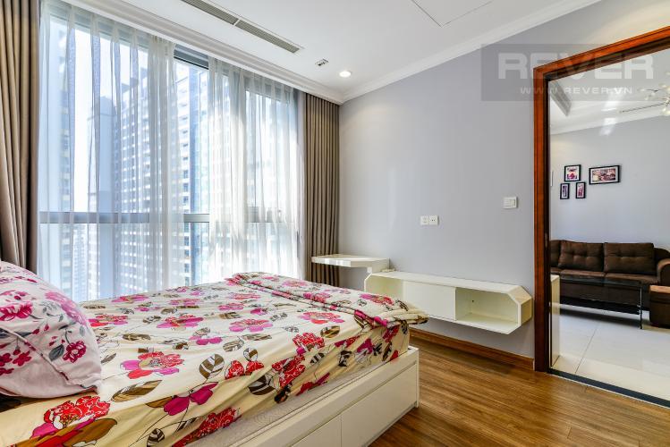 Phòng Ngủ 2 Căn hộ Vinhomes Central Park 3PN nội thất đầy đủ, view sông Sài Gòn