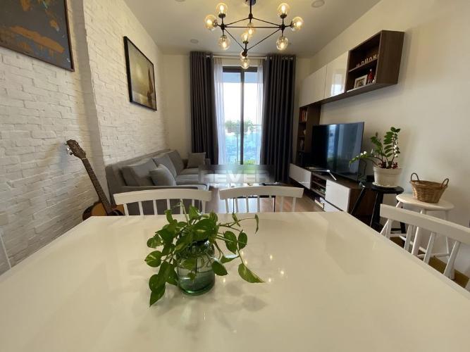 Phòng khách căn hộ Kingston Residence Căn hộ Kingston Residence view thành phố, nội thất đầy đủ tiện nghi.