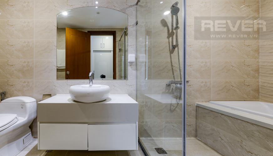 Phòng tắm 1 Căn hộ Vinhomes Central Park tầng trung, tòa Landmark 6, 4 phòng ngủ, full nội thất
