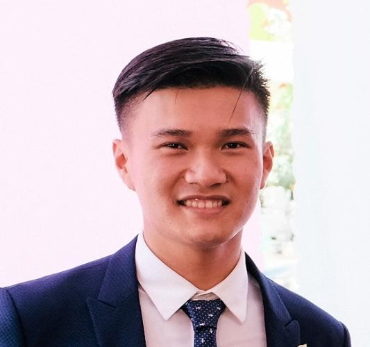Trần Minh Tiến Sales Executive