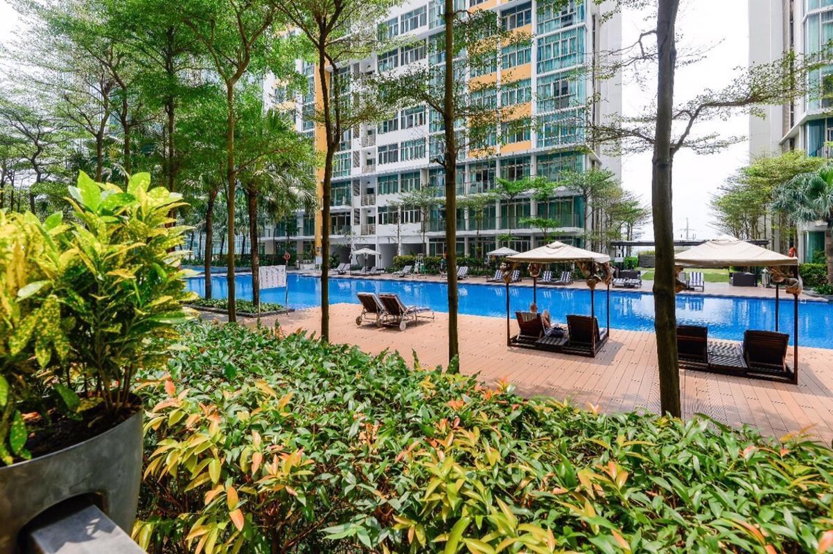 View hồ bơi Bán căn hộ sân vườn The Vista An Phú 3PN, tháp T4, diện tích 179m2, đầy đủ nội thất, hướng Tây Bắc