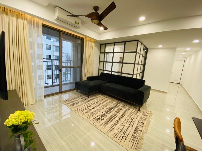 Phòng khách căn hộ Saigon South Residences Căn hộ Saigon South Residences tầng trung, đầy đủ nội thất