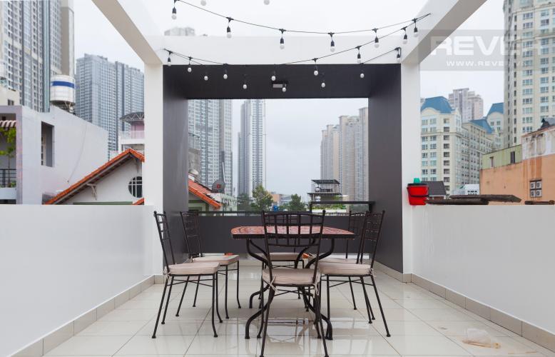 Khu Vực Sân Thượng Văn phòng cho thuê 1 trệt 3 lầu đường Nguyễn Hữu Cảnh, Bình Thạnh