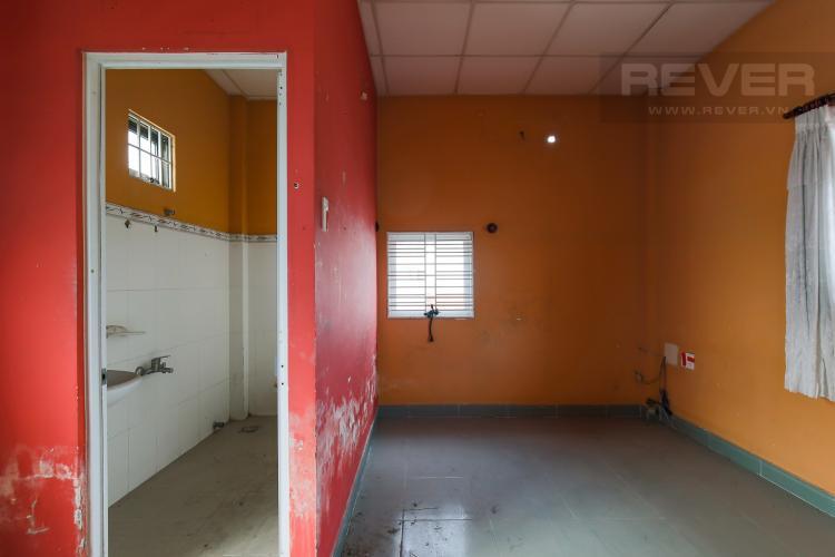 Phòng Ngủ 2 Cho thuê mặt bằng rộng, có nhà hiện hữu, nằm tại mặt tiền đường quận Thủ Đức