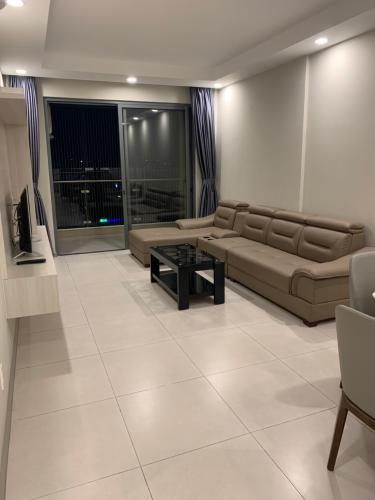 Phòng khách The Gold View, Quận 4 Căn hộ The Gold View tầng trung, thiết kế hiện đại đầy đủ nội thất.