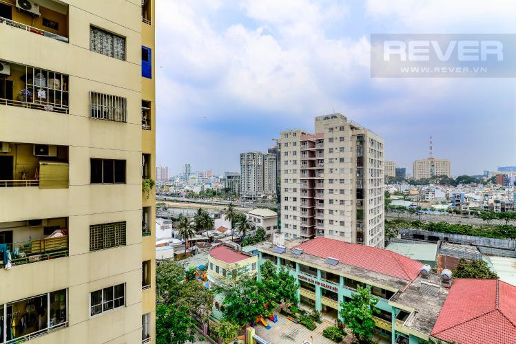 View Căn hộ Chung Cư Khánh Hội 1 tầng thấp 2 phòng ngủ nội thất đầy đủ