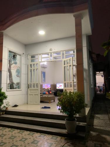 Mặt trước nhà phường Tăng Nhơn Phú A, quận 9 Nhà cấp 4 sổ hồng chính chủ - đường số 160, Phường Tăng Nhơn Phú A