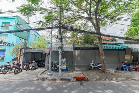 Bán biệt thự mặt tiền đường Nguyễn Gia Thiều, ngay trung tâm Quận 3, diện tích đất 450m2, sổ đỏ chính chủ