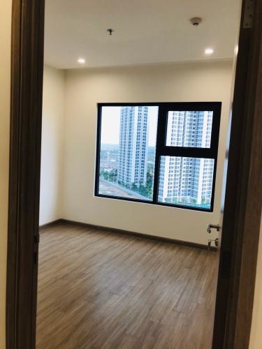 phòng ngủ 1  Căn hộ Vinhomes Grand Park view nội khu cùng nội thất cơ bản.