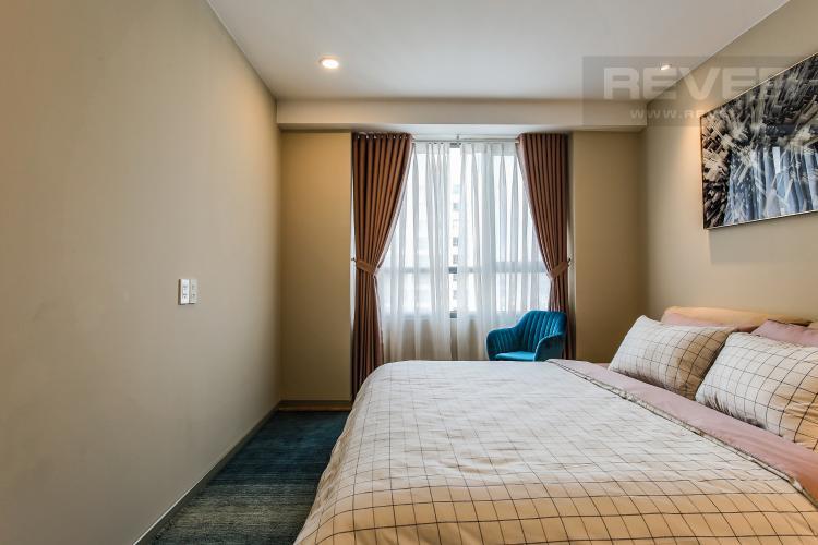 Phòng Ngủ 1 Căn hộ The Gold View, tầng cao, 2 phòng ngủ, hướng nhà Đông Bắc, đầy đủ nội thất