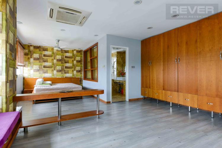 Phòng Ngủ 2 Bán penthouse chung cư Phú Mỹ 4PN, diện tích 353m2, đầy đủ nội thất, view sông và thành phố