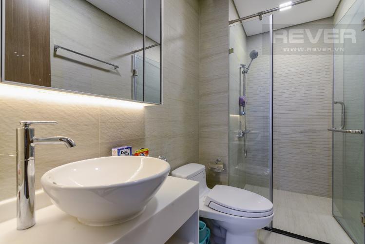Phòng tắm Căn hộ Vinhomes Central Park tầng cao P5, view sông với 3 phòng ngủ