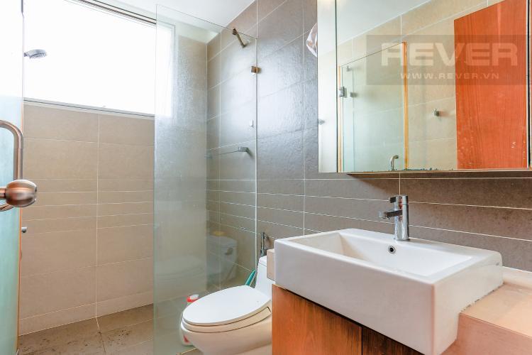 Phòng Tắm 2 Căn hộ Sunrise City tầng thấp tháp V6 khu South, 2 phòng ngủ, nội thất cơ bản.