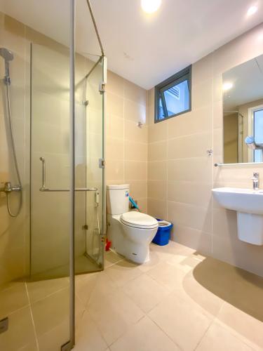 Phòng tắm Masteri Thảo Điền Quận 2 Căn hộ Masteri Thảo Điền tầng cao, đón view sông và thành phố.