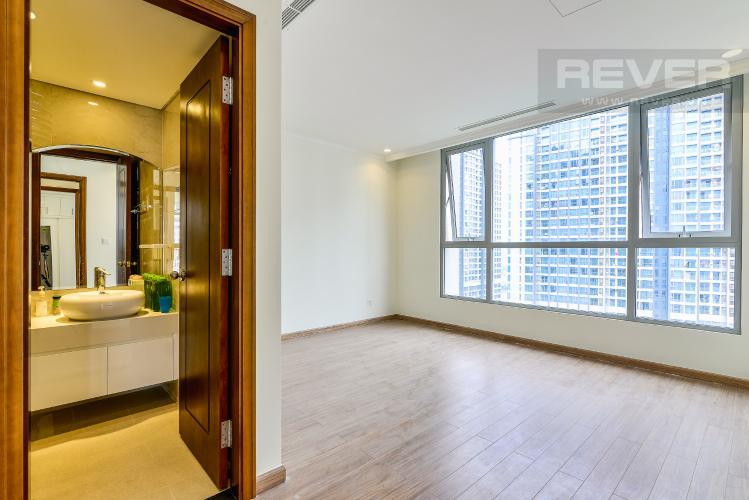 Phòng Ngủ 1 Căn hộ Vinhomes Central Park 3 phòng ngủ tầng cao C3 hướng Nam