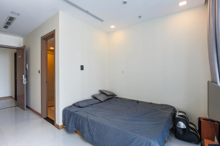Căn hộ Vinhomes Central Park 1 phòng ngủ tầng cao P6 hướng Đông Nam