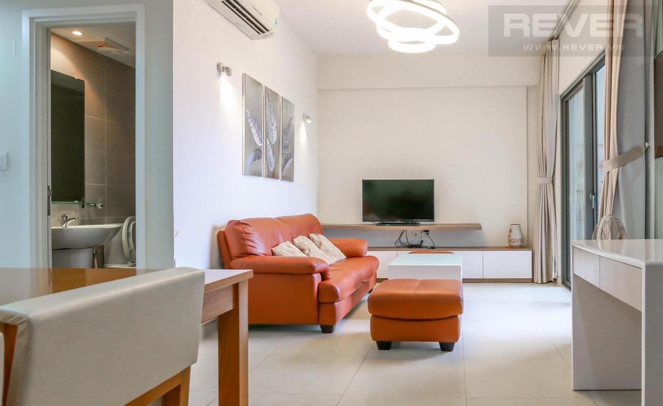 Phòng khách Bán căn hộ Masteri Thảo Điền 2PN, tháp T2, diện tích 70m2, đầy đủ nội thất, view sông thoáng mát