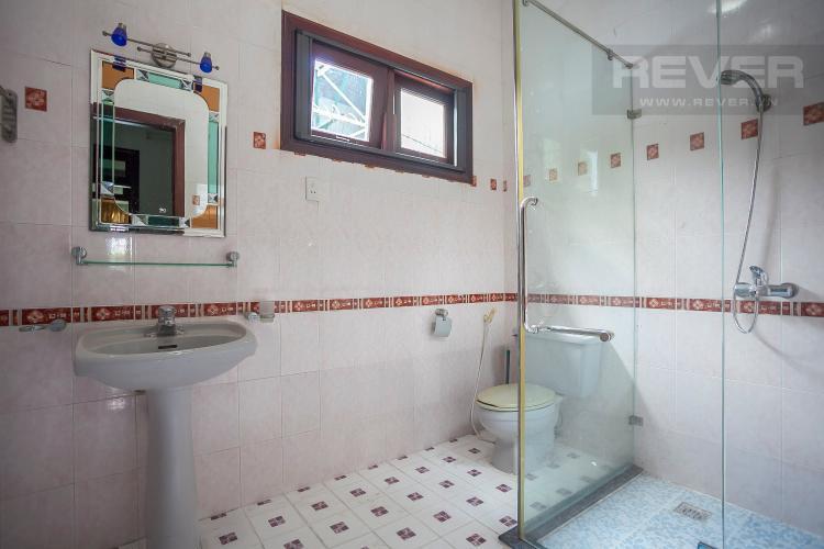 Phòng Tắm 4 Nhà phố 4 phòng ngủ đường Số 2 Quận 2 nội thất đầy đủ