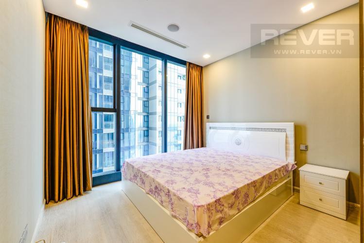 Phòng ngủ 1 Căn hộ Vinhomes Golden River tầng cao, view đẹp, 2PN nội thất đầy đủ