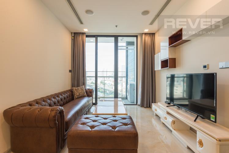 Phòng khách Căn hộ Vinhomes Golden River tầng trung, 1PN đầy đủ nội thất, tiện ích đa dạng