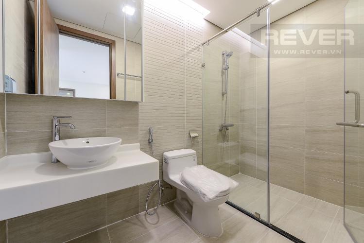 Phòng tắm 2 Căn hộ Vinhomes Central Park 3 phòng ngủ tầng trung P7 view hồ bơi
