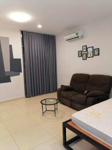 Cho thuê căn hộ M-One Nam Sài Gòn, 1 phòng ngủ, diện tích 42m2, đầy đủ nội thất.