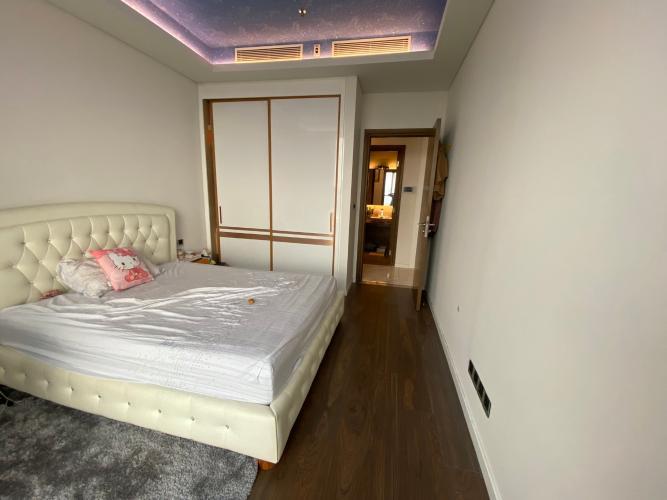 Phòng ngủ căn hộ Sarica Condominium Căn hộ Sarica Condominium đầy đủ nội thất tiện ích, hướng Nam.