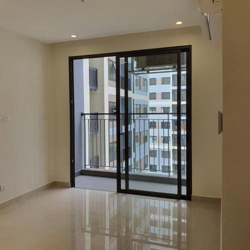 phòng khách  căn hộ Vinhomes Grand Park Căn hộ Vinhomes Grand Park tầng 16 nội thất cơ bản, view nội khu.
