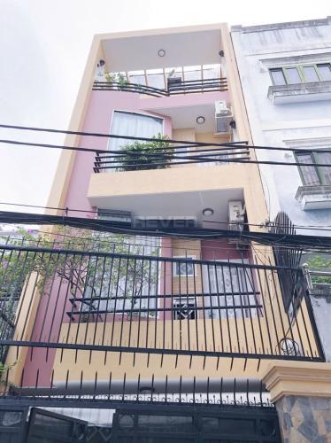 Chính diện nhà phố quận Bình Thạnh Nhà hẻm Q Bình Thạnh có 2 mặt đường, có chỗ đậu xe, nội thất đầy đủ.