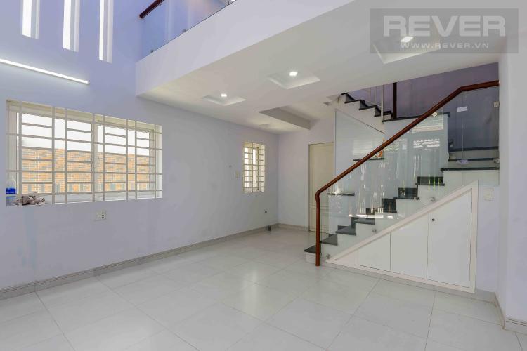Phòng Khách Cho thuê nhà phố hẻm Nguyễn Duy Trinh, Q2, 3 phòng ngủ, không có nội thất, hướng Đông Nam