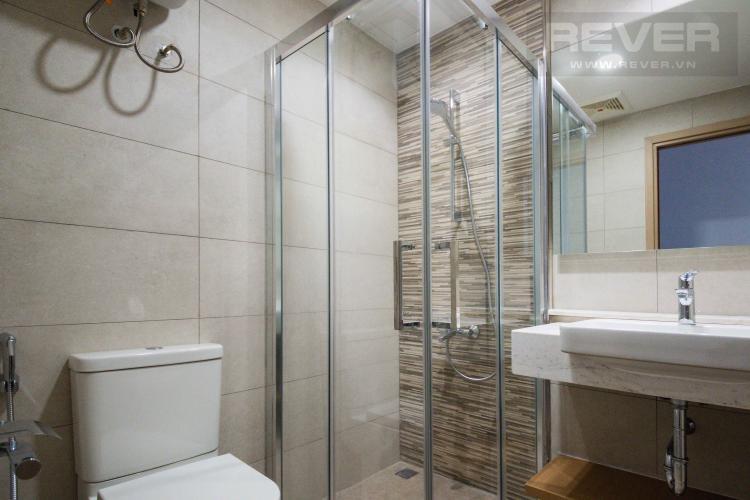 Toilet 1 Cho thuê căn hộ Riverpark Premier 2PN, tầng thấp, diện tích 80m2, đầy đủ nội thất