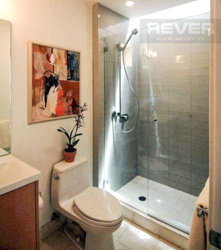 Phòng Tắm Bán nhà phố 3 tầng, diện tích đất 61m2, có hồ bơi, cách Quốc lộ 1A 1km