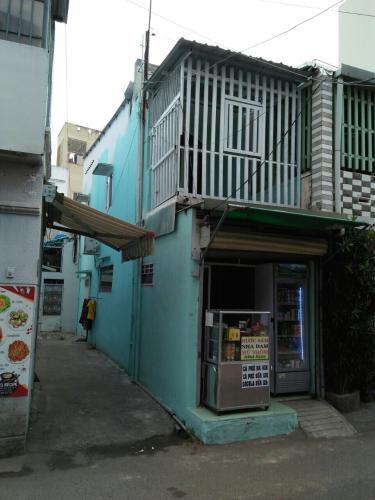 Bán nhà phố quận Bình Thạnh, dân cư sầm uất, sổ hồng chính chủ.