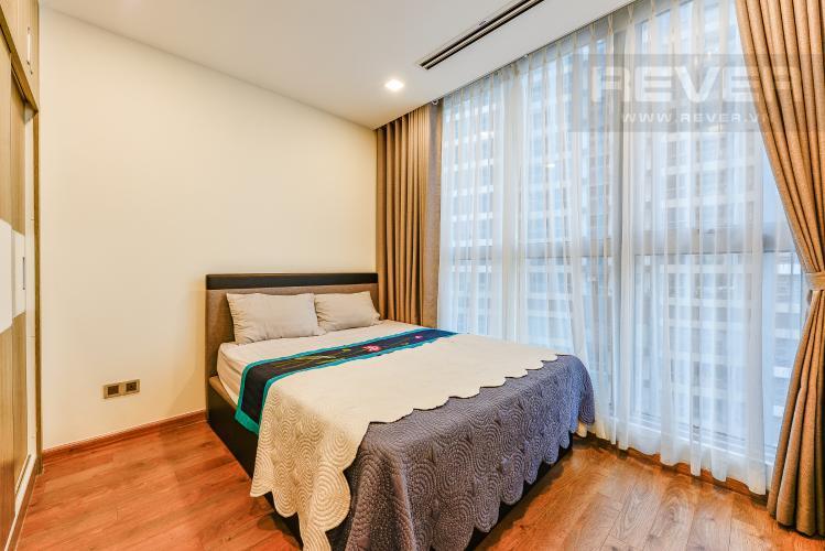 Phòng ngủ 1 Căn hộ Vinhomes Central Park tháp 1, tầng trung, đầy đủ nội thất