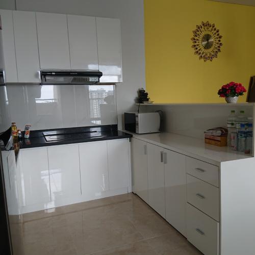 Bếp căn hộ Luxcity Căn hộ tầng cao Luxcity, ban công hướng Bắc nội thất đầy đủ
