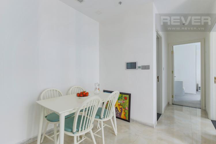 Bàn Ăn Bán hoặc cho thuê căn hộ Vinhomes Golden River 2PN, tầng cao, đầy đủ nội thất, view sông Sài Gòn