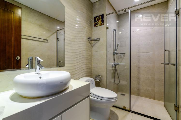 Phòng Tắm 2 Căn hộ Vinhomes Central Park 2PN đầy đủ nội thất, có thể dọn vào ở ngay