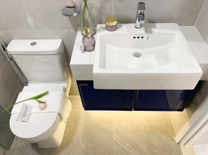 Nhà vệ sinh D'Lusso Quận 2 Căn hộ tầng cao D'Lusso nội thất cơ bản, view thoáng mát.