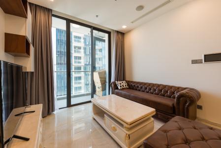Căn hộ Vinhomes Golden River tầng cao 1PN, nội thất đầy đủ