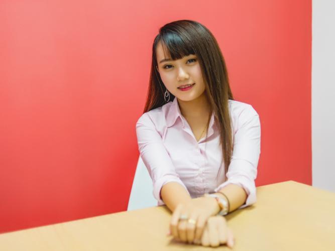 Nguyễn Phương Thu Oanh Sales Executive