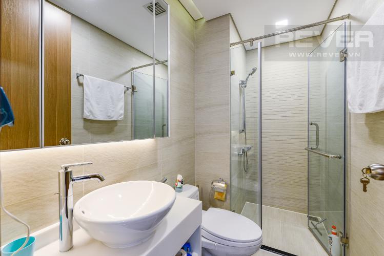 Phòng tắm 2 Căn hộ Vinhomes Central Park 2 phòng ngủ tầng cao P5 view sông