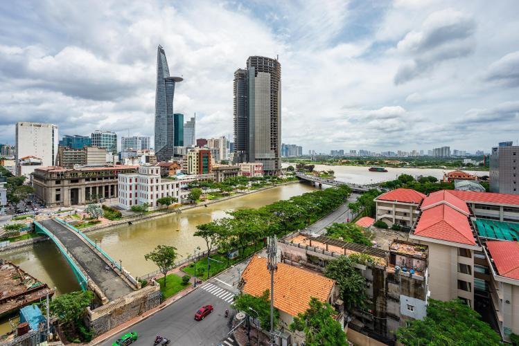 View căn hộ Saigon Royal, Quận 4 Căn hộ Saigon Royal hướng Tây Nam, view thành phố thoáng mát.